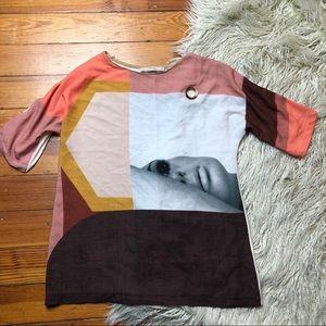Zara W&B face geometric abstract top